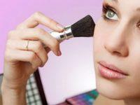 Нима учун макияж билан ухлаш мумкин эмас?